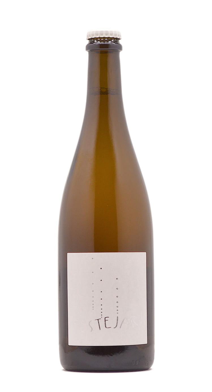 Festejar blanc wine bottle